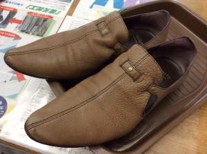 レディース革靴メンテナンスビフォー