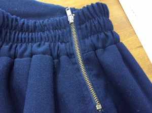 スカートのファスナー修理アフター