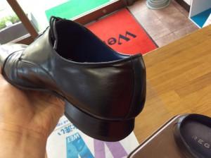 紳士革靴の色ハゲ・傷アフター