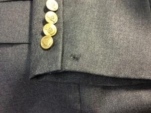 紳士ジャケット虫食い修理ビフォー