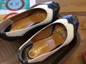 婦人靴の中敷交換と磨きビフォー