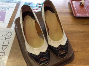 婦人靴の中敷交換と磨きアフター