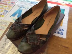 婦人革靴お手入れビフォー