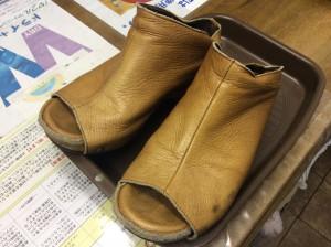 婦人革靴クリーニングビフォー