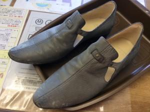 婦人革靴カビクリーニングビフォー