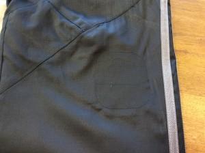 ウィンドパンツ焦げ穴修理アフター