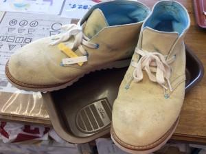 スエード紳士靴汚れビフォー