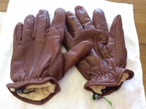 革手袋カビ処理アフター