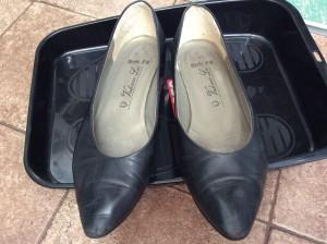 婦人革靴はお手入れビフォー
