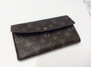 ルィヴィトン財布お手入れビフォー