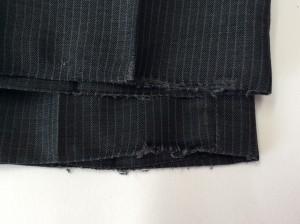 スラックス裾のすり切れビフォー