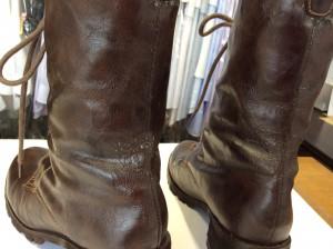 合成皮革のブーツアフター
