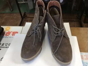 ブーツのカビビフォー