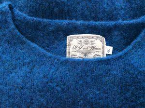 セーターの裂け修理アフター