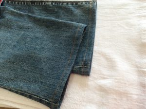 ジーンズ裾の擦り切れアフター