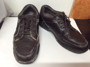カビ処理、紳士革靴ビフォー