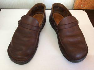 ヌメ革婦人靴ビフォー