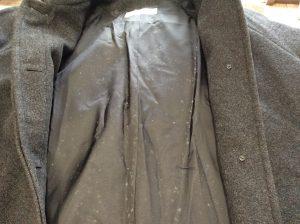 ウールコートにカビ生えていませんか?