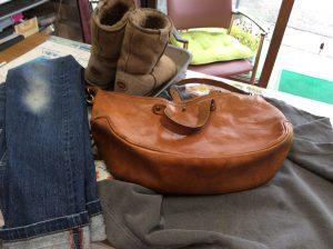衣類のシミ抜き、ブーツ・バッグクリーニング、ジーンズリペア