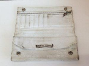 白い革財布色ハゲビフォー