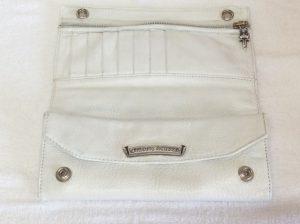 白い革財布色ハゲアフター