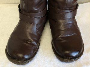 合皮ブーツ劣化復元アフター