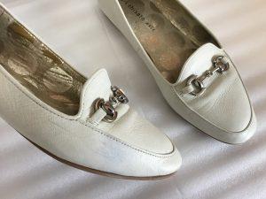 レディース革靴の色ハゲ補修ビフォー