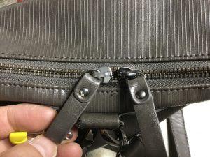 婦人バッグのファスナー不具合アフター