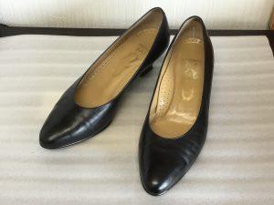 婦人靴のお手入れビフォー