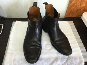 紳士革靴丸洗いビフォー