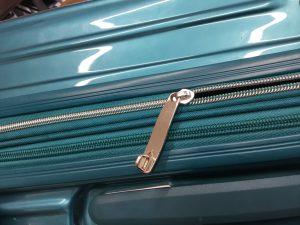 スーツケースのファスナーお直しアフター
