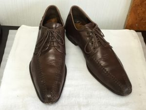 紳士革靴メンテナンスビフォー