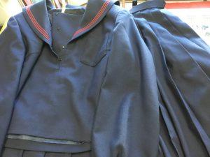 学生服お急ぎクリーニングビフォー
