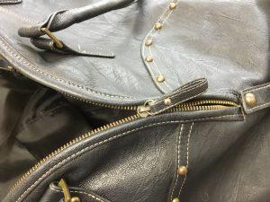 レディースバッグのファスナー壊れたビフォー