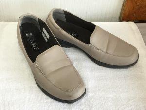 合皮婦人靴メンテナンスビフォー