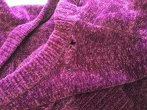 セーターの擦り切れ・破れ修理ビフォー