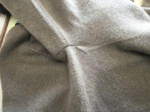 セーター擦り切れお直しアフター