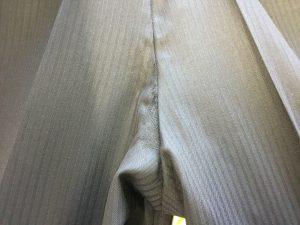 スラックスの擦り切れ修理アフター