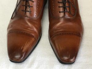 紳士革靴の色ハゲ補修ビフォー