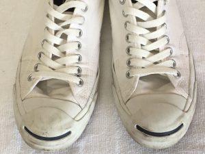 プロ洗い白いスニーカービフォー