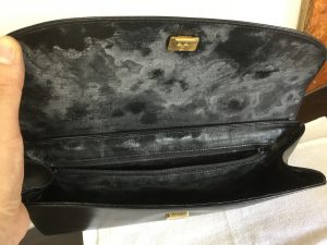 合成皮革バッグの経年劣化ビフォー