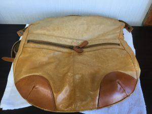 ヌメ革鞄のお手入れビフォー